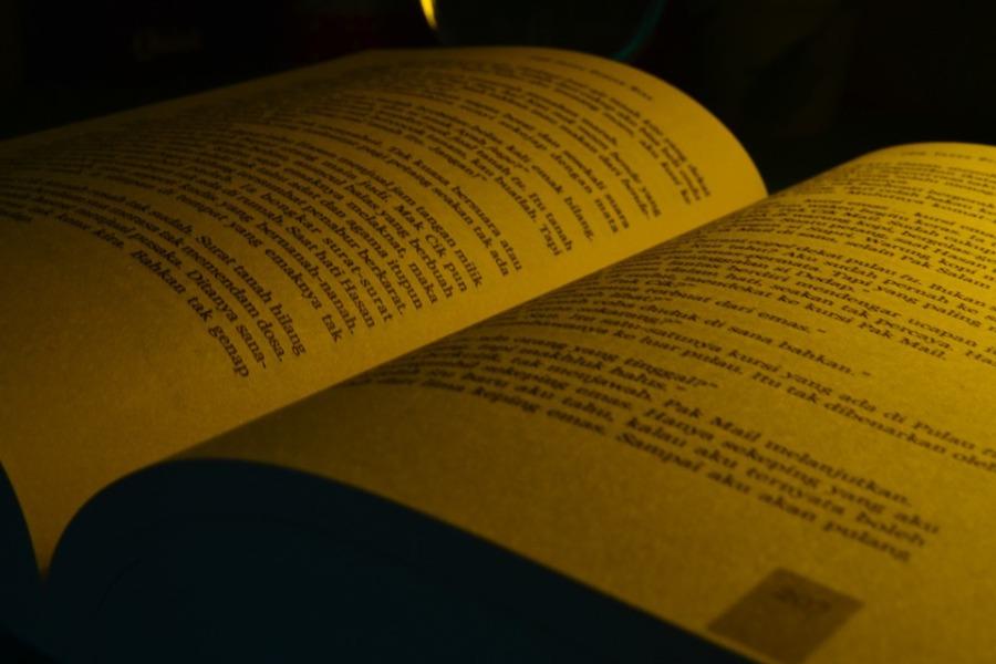 book-707388_960_720
